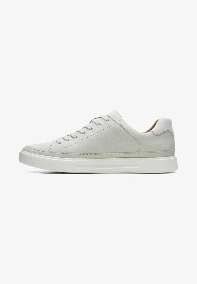 UN COSTA TIE - Baskets basses - off white