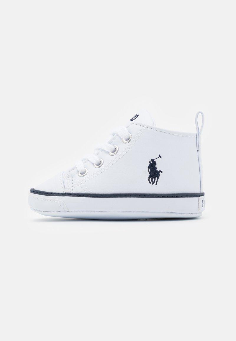 Polo Ralph Lauren - HAMPTYN HI LAYETTE UNISEX - First shoes - white/navy
