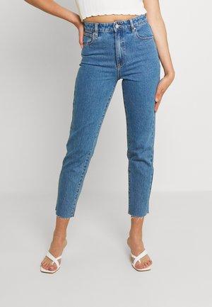 HIGH SLIM - Slim fit jeans - denise