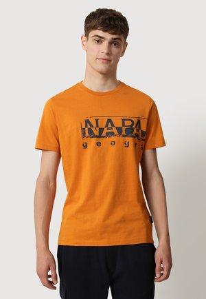 Print T-shirt - desert ocra