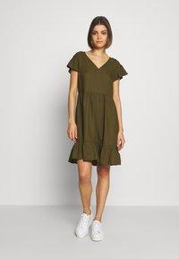 Vila - VINASRIN VNECK DRESS - Korte jurk - dark olive - 0