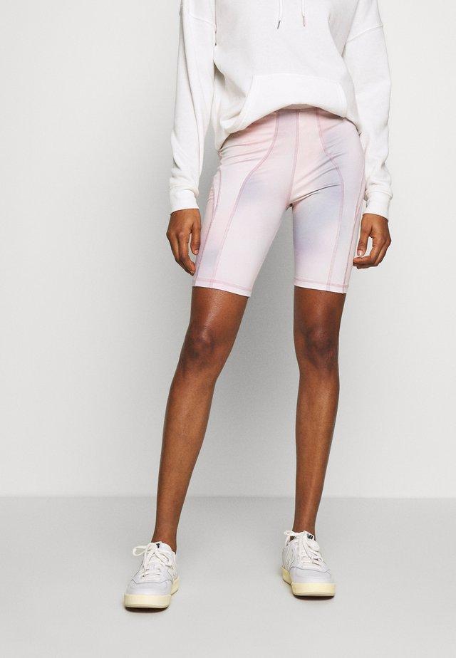 ELENA - Shorts - lilac