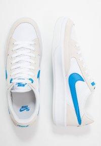 Nike SB - ADVERSARY UNISEX - Skate shoes - white/photo blue - 1