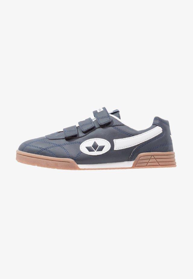 BERNIE V - Sneaker low - marine/weiß