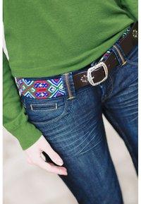 Smitten - PUEBLA PREPPY - Belt - blau/grün/rot/weiss - 0