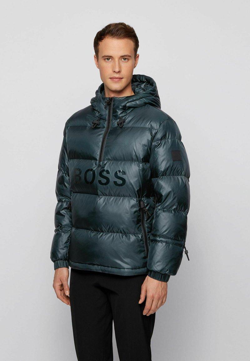 BOSS - Gewatteerde jas - open green