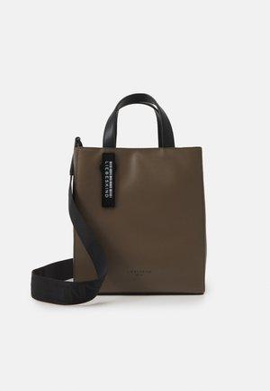 PAPERBAGS - Handtasche - deep taupe