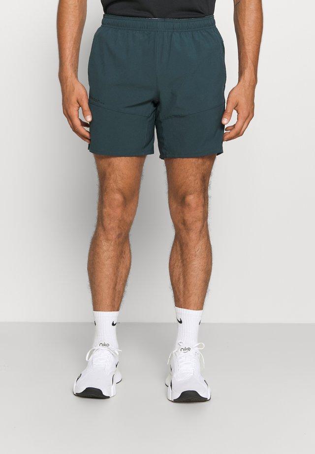 Men's training shorts - Träningsshorts - khaki