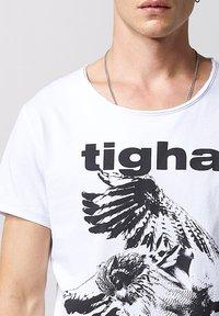 Tigha - Print T-shirt - white - 3