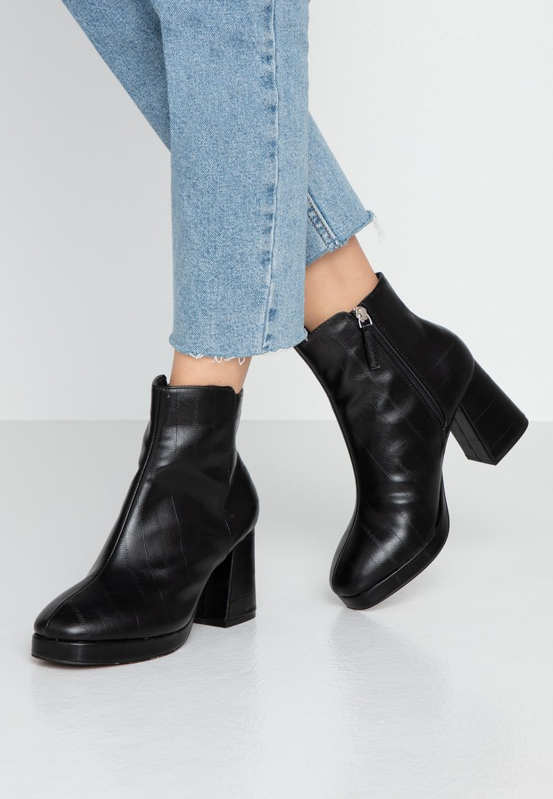 Topshop Wide Fit - WIDE FIT EDDIE PLATFORM BOOT - High heeled ankle boots - black