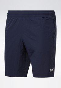 Reebok - UTILITY ESSENTIALS TRAINING 1/2 - Pantaloncini sportivi - blue - 6