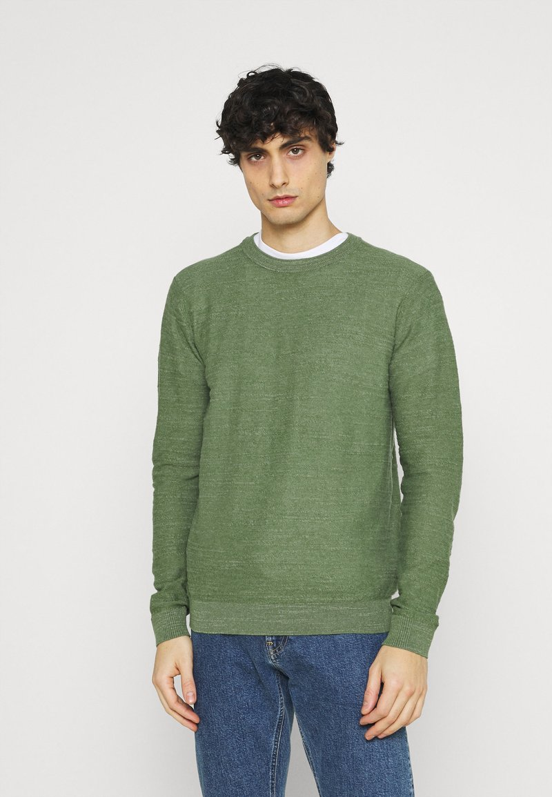 Selected Homme - SLHBUDDY CREW NECK - Maglione - vineyard green