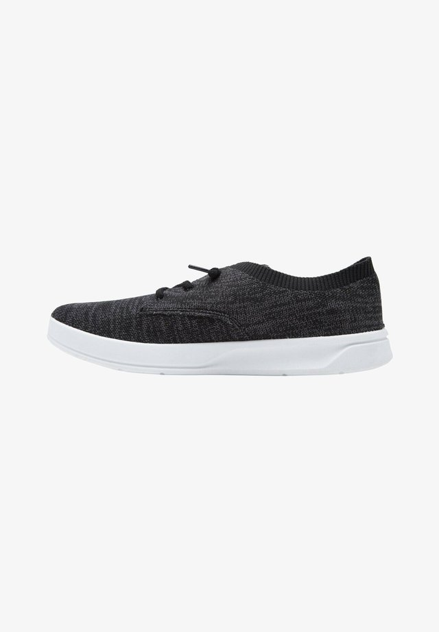 Sneakers laag - black/black/white
