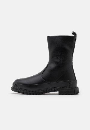STREET LOVE - Støvler - black