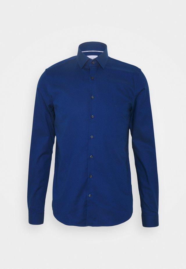 EXTRA SLIM FIT - Skjorte - blue