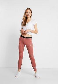 ODLO - CREW NECK ACTIVE F-DRY LIGHT - Basic T-shirt - white - 1