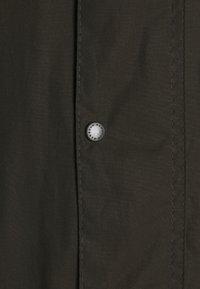 Barbour - CLASSIC DURHAM JACKET - Lehká bunda - olive - 2