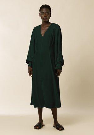 DIONNE - Robe d'été - bayberry green