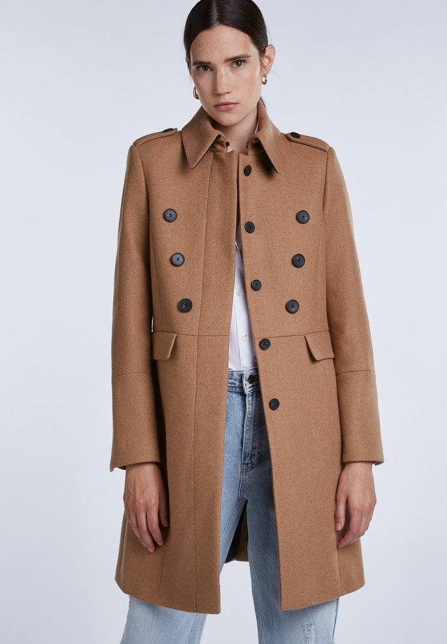 Trenchcoat - dark camel