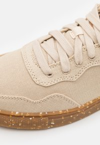 Jack Wolfskin - ECOSTRIDE LOW - Hiking shoes - natural - 5