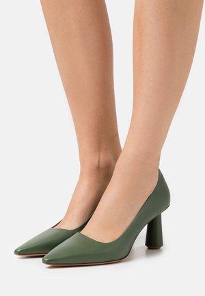 NADINE - Classic heels - green