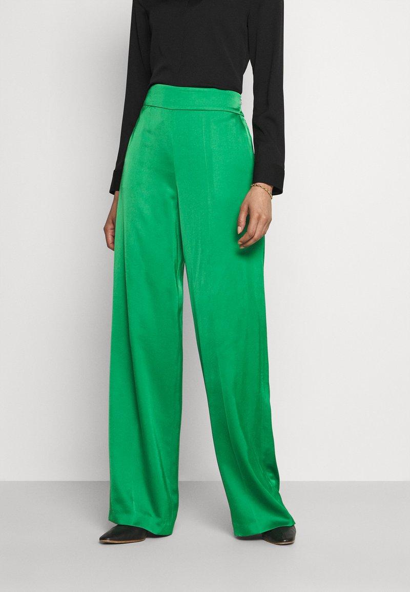 HUGO - HAREMAS - Kalhoty - medium green