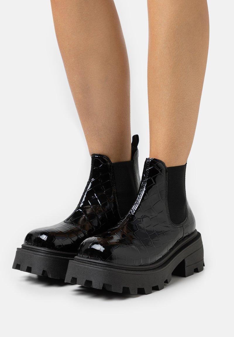 Topshop - KYLIE CHELSEA SQUARE TOE BOOT - Platform ankle boots - black