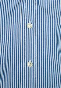 Polo Ralph Lauren - CUSTOM FIT BLAKE - Overhemd - blue/white - 2
