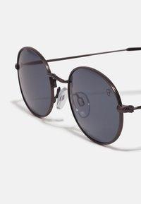 CHPO - SHAUN - Sunglasses - gun metal/black - 2