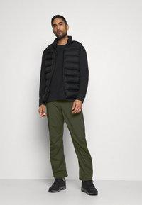 Black Diamond - STORMLINE PANTS - Outdoorové kalhoty - cypress - 1