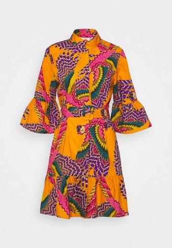 MINI DRESS - Shirt dress - beaded macaws