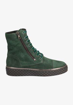 GRÜN - High-top trainers - grün