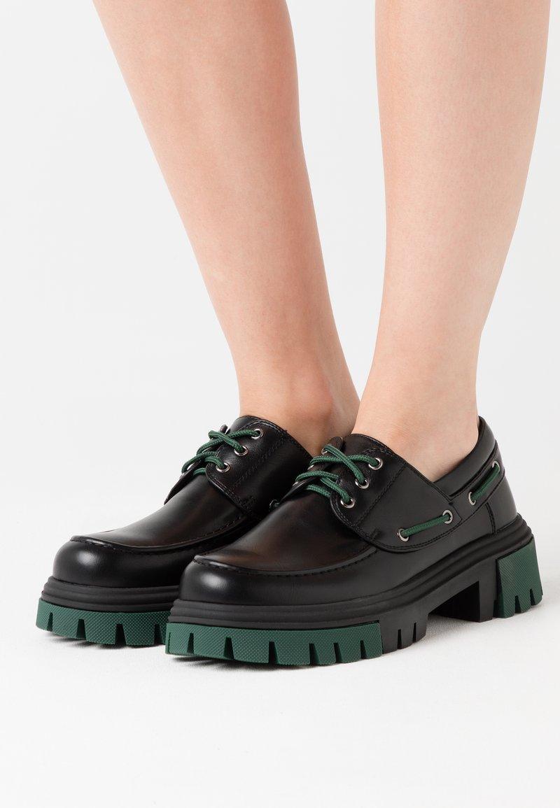Koi Footwear - VEGAN DAWN - Lace-ups - green
