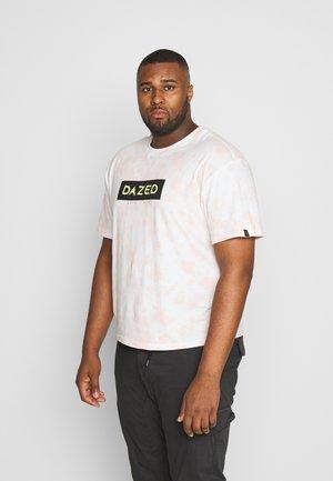PLUS PRINTED TIE DYE SLOGAN MIAMI TEE - Print T-shirt - multicolor