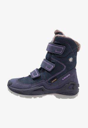 MILO GTX - Winter boots - navy/lila