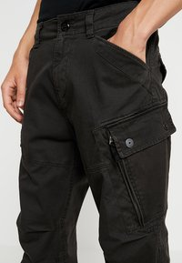 G-Star - ROXIC STRAIGHT TAPERED - Cargo trousers - raven - 3