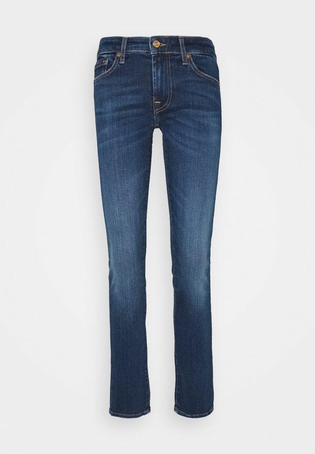 PYPER ILLUSION NEVER ENDING - Jeans slim fit - mid blue