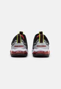Skechers - SKECH AIR WAVES - Tenisky - black/red/lime - 2