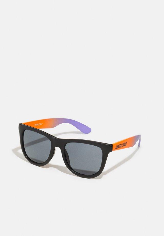 MIXED UP SUNGLASSES UNISEX - Zonnebril - purple/orange fade