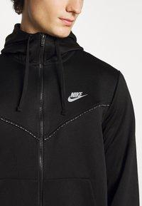 Nike Sportswear - REPEAT HOODIE - Sudadera con cremallera - black/reflective silver - 5