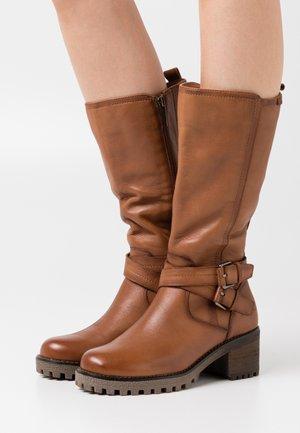 LADIES BOOTS - Cowboy/Biker boots - camel
