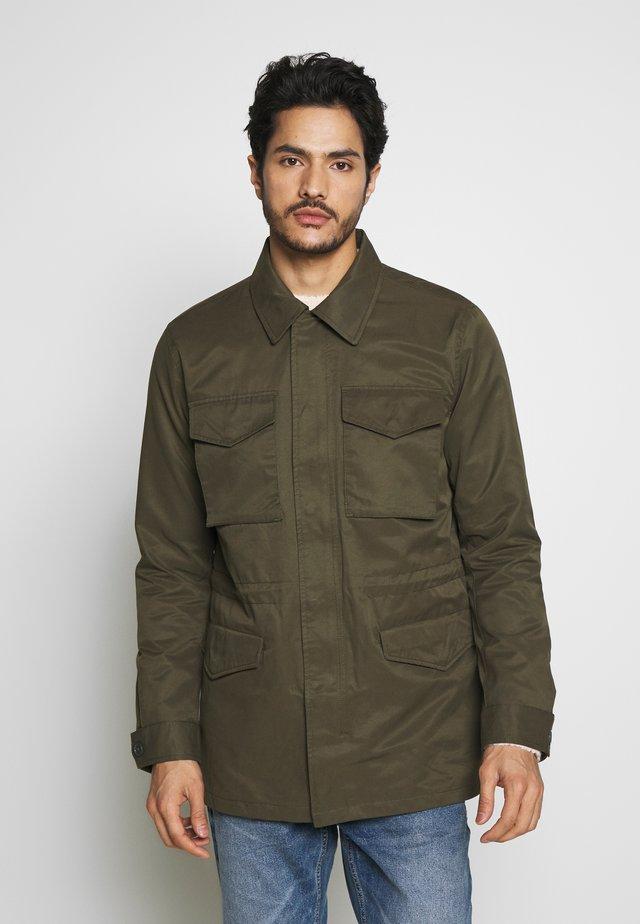 SAFARI  - Lehká bunda - khaki