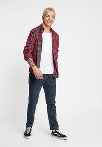 Levi's® - 502™ REGULAR TAPER - Jeans Tapered Fit - porcini blue - 1
