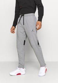 Jordan - AIR PANT - Pantaloni sportivi - carbon heather/black - 0