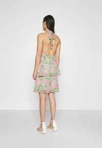Gina Tricot - EXCLUSIVE MALVA HALTERNECK DRESS - Koktejlové šaty/ šaty na párty - pink - 2