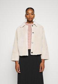 Oakwood - HELEN REVERSIBLE - Light jacket - light beige - 0