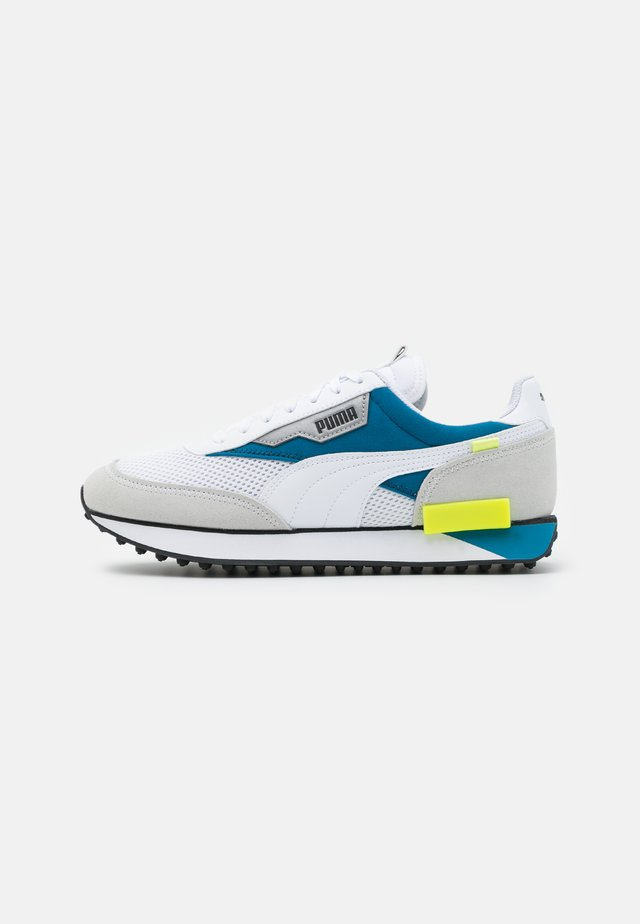 FUTURE RIDER GALAXY UNISEX - Zapatillas - white/digital blue