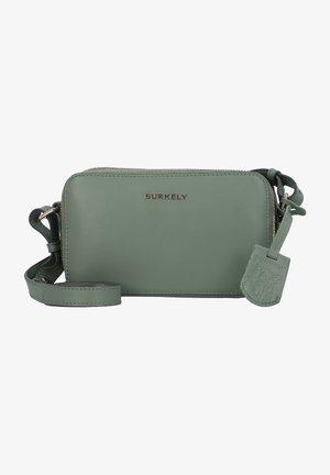 Across body bag - chinois green