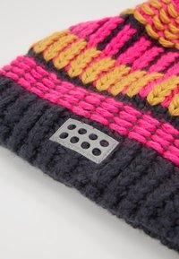 LEGO Wear - WALFRED HAT - Čepice - dark pink - 2