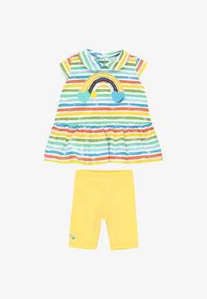 Shorts - stripes